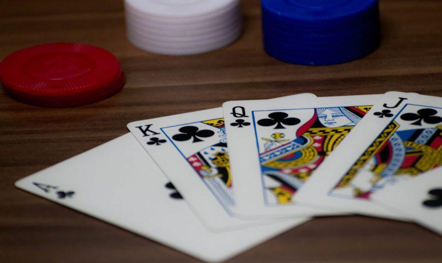 2 raisons pour lesquelles vous devriez jouer au poker plutôt qu'au blackjack
